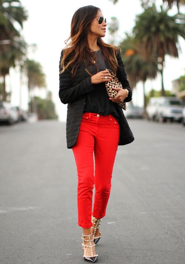 af2dd358df2 ▷ Какви цветове вървят добре с червени панталони?